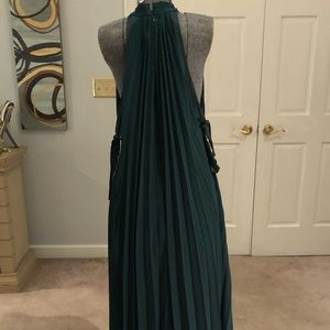 Forest green Dress with pleats